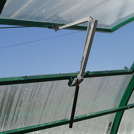 Automatic Ventilation Of Greenhouse